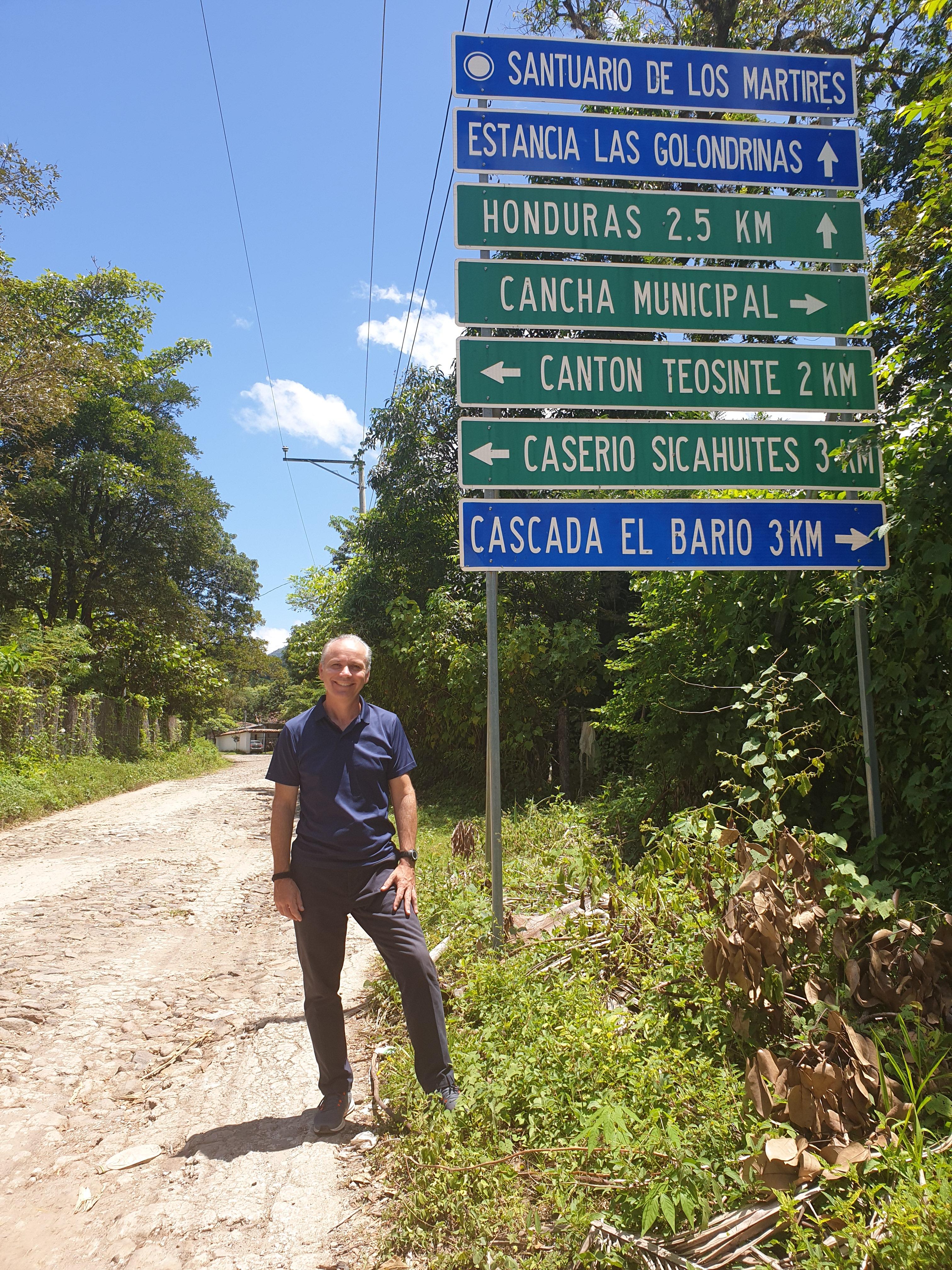 VisitaElSalvador-3