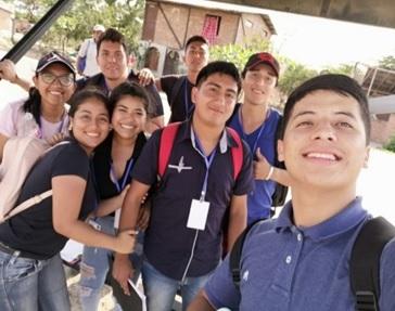 Con compañeros