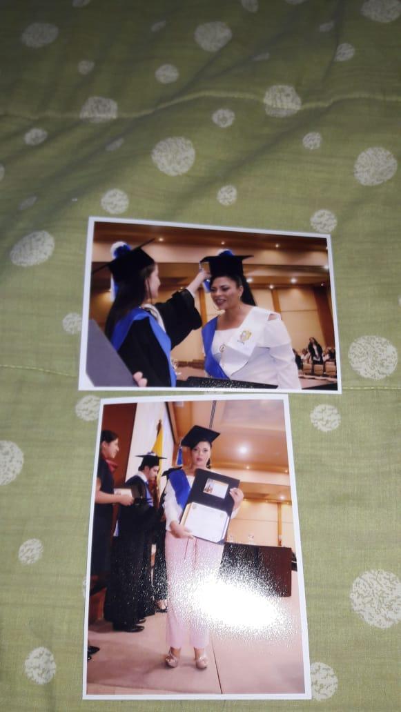 Foto Graduaciòn Carola2